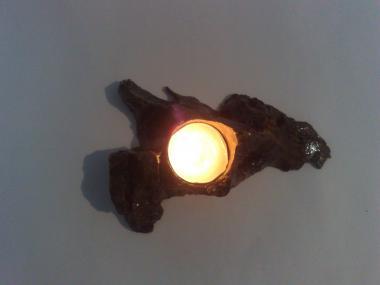 Natural Handmade Olivewood Tea Light Christmas Candlestick, Small Island shape