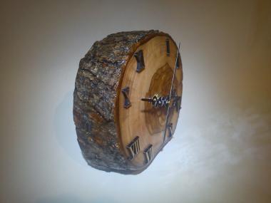 Handmade Desk Wooden Clock Quartz On Olivewood